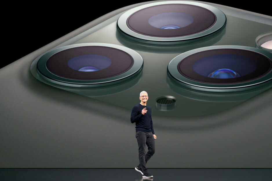 Apple CEO Tim Cook says that he probably will leave Apple sometime during the next ten years - Apple CEO Tim Cook says he might leave sometime over the next ten years